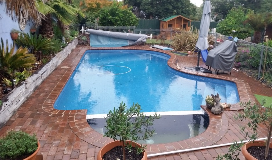 Pool tiling project melbourne example 2